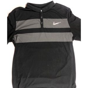 Nike court Dri Fit Shirt Size XL black and gray.